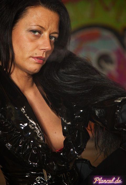 Femme dominatrice sur Grenoble